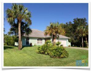 """Florida Ferienhaus in Lehigh Acres """"Alisha"""" mit Blick auf die Hausfront"""