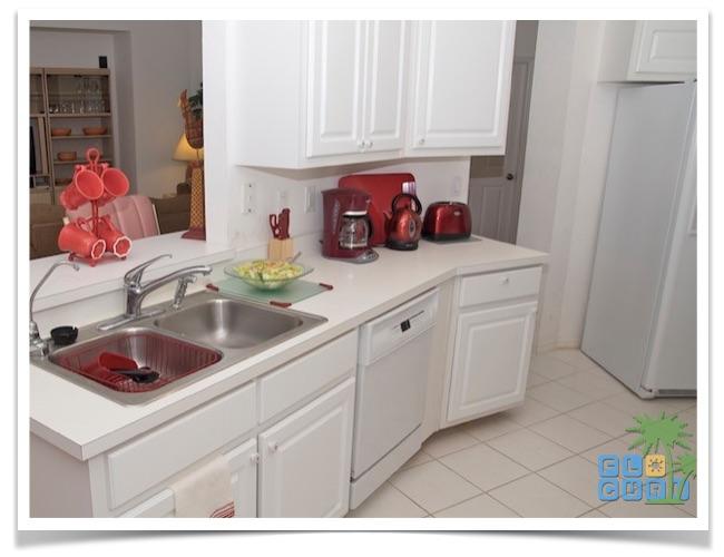Florida Ferienhaus Sunshine in Lehigh Acres mit Blick in die Küche