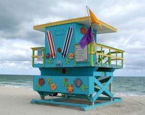 Flaggen am Strand von Florida