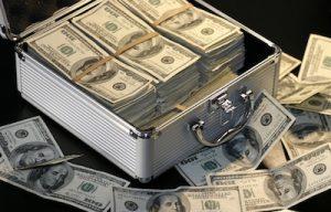 Einreisebestimmungen USA - Wie viel Geld darfst Du ohne weiteres in die USA mitnehmen?