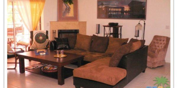 """Florida Ferienhaus in Lehigh Acres """"Causeway"""" mit Blick in den Wohnbereich"""