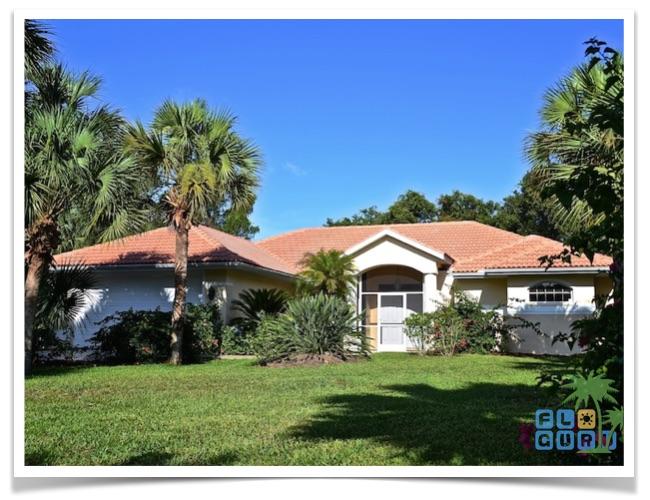 Florida-Ferienhaus-Lehigh-Acres-PalmGarden-01-Vorderansicht
