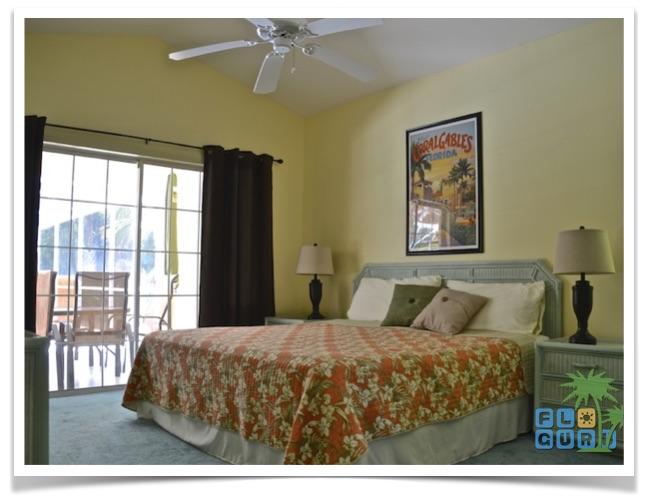 Florida-Ferienhaus-Lehigh-Acres-PalmGarden-07-hauptschlafzimmer