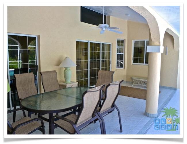 Florida-Ferienhaus-Lehigh-Acres-PalmGarden-10-terrasse