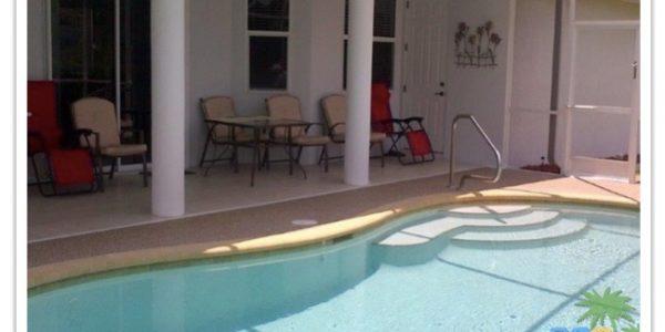 Florida Ferienhaus Rita in Lehigh Acres mit Blick auf die Terrasse