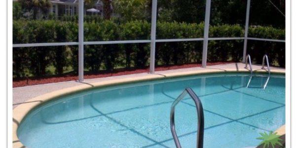 Florida Ferienhaus Rita in Lehigh Acres mit Blick auf den Pool